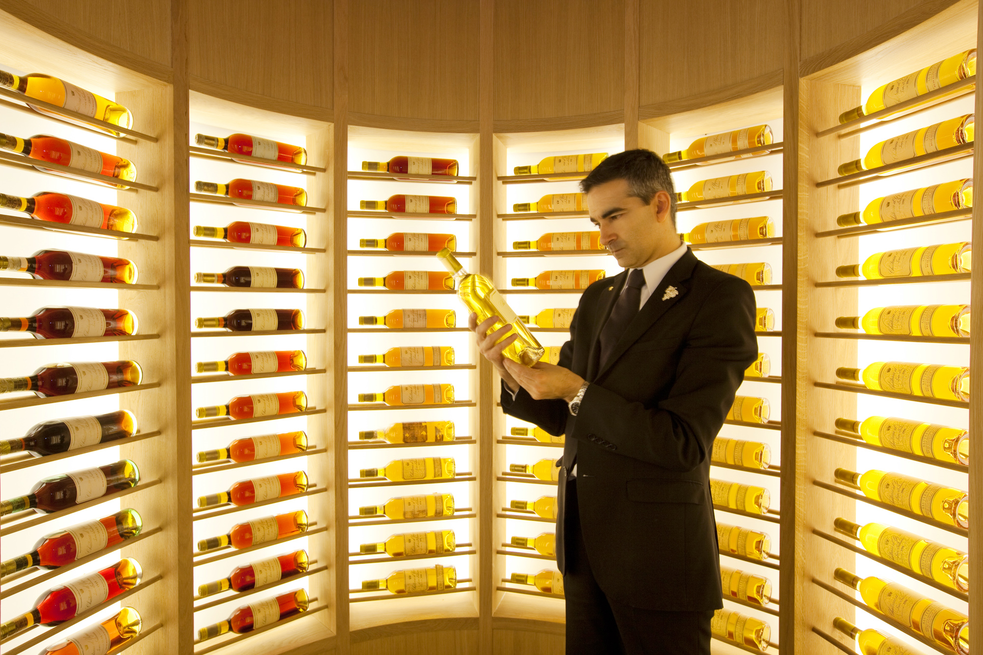 Europa, Spanien, Region Extremadura, Cáceres, Atrio Restaurant, Bodega, wine cellar, sommelier in the sanctuary of Château d'Yquem White Wines, contains all vintages of the las century.