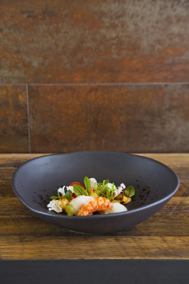 Kangaroo Island marron, caulifower, chorizo and almond, Restaurant Saint Crispin, Melbourne, Australien