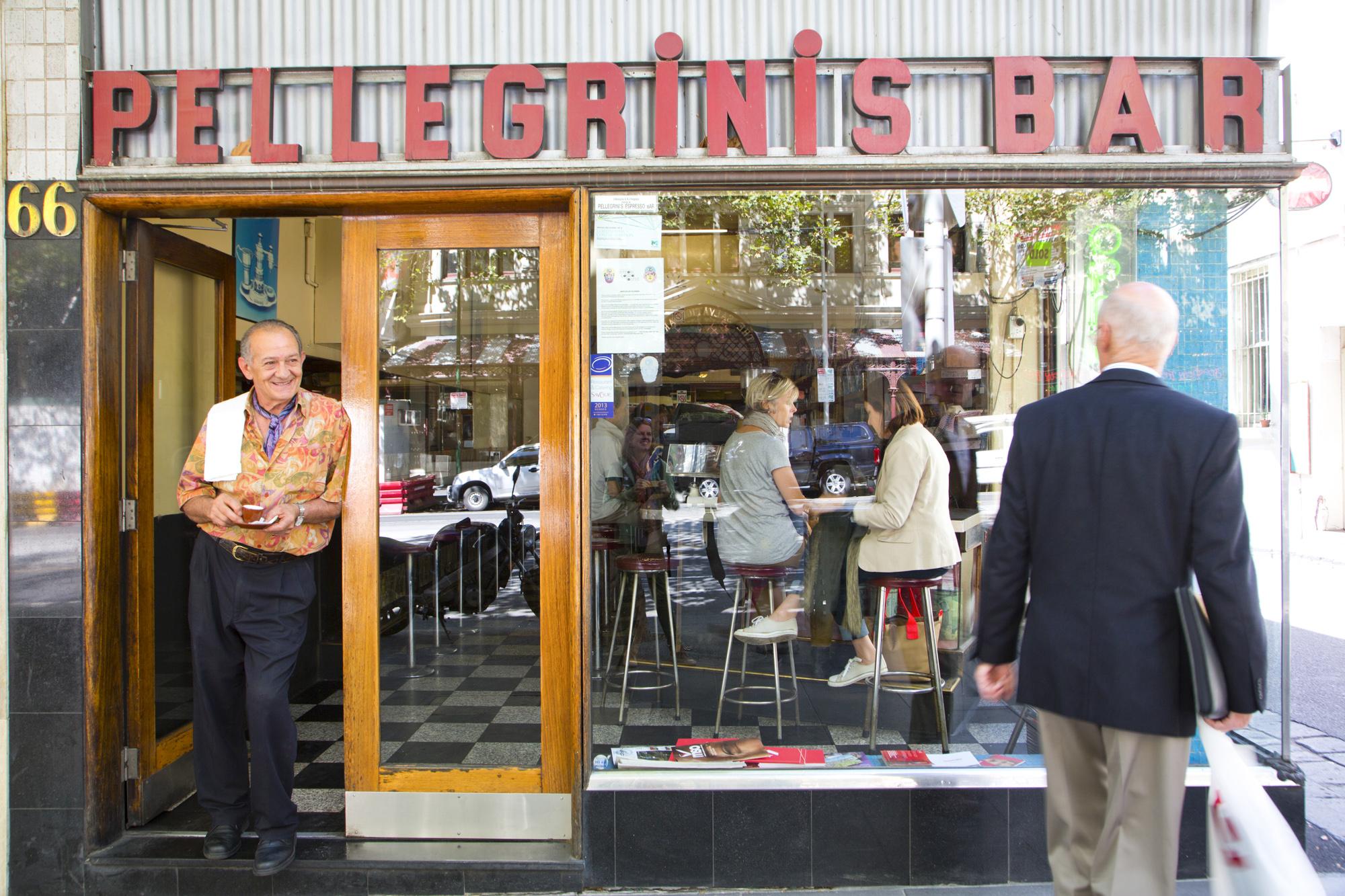 Pelligrinis Expresso, Besitzer Sisto, erste Expresso Bar in Melbourne, Australien
