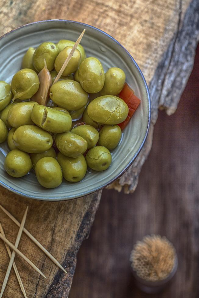 Spanien, Andalusien, Sevilla, Oliven, gruen, Tapa, Lebensmittel, Essen, still life  Engl.: Spain, Andalusia, Seville, olives, green, tapas, food, eating, still life