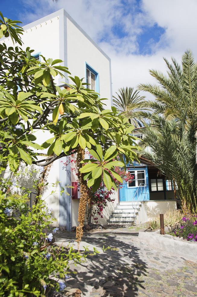 Spanien, Kanarische Inseln, La Gomera, Landhotel & Biohof Hotel El Cabrito. Das Landhotel ist nur per Boot oder zu Fuß erreichbar.
