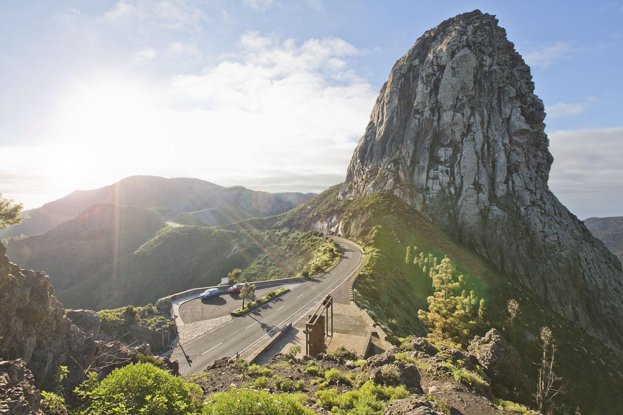 Spanien, Kanarische Inseln, La Gomera, San Sebastian de La Gomera. Aussichtspunkt Mirador El Bailadero, Nationalpark, Garajonay, Naturdenkmal Los Roques, Vulkanschlot Ojila