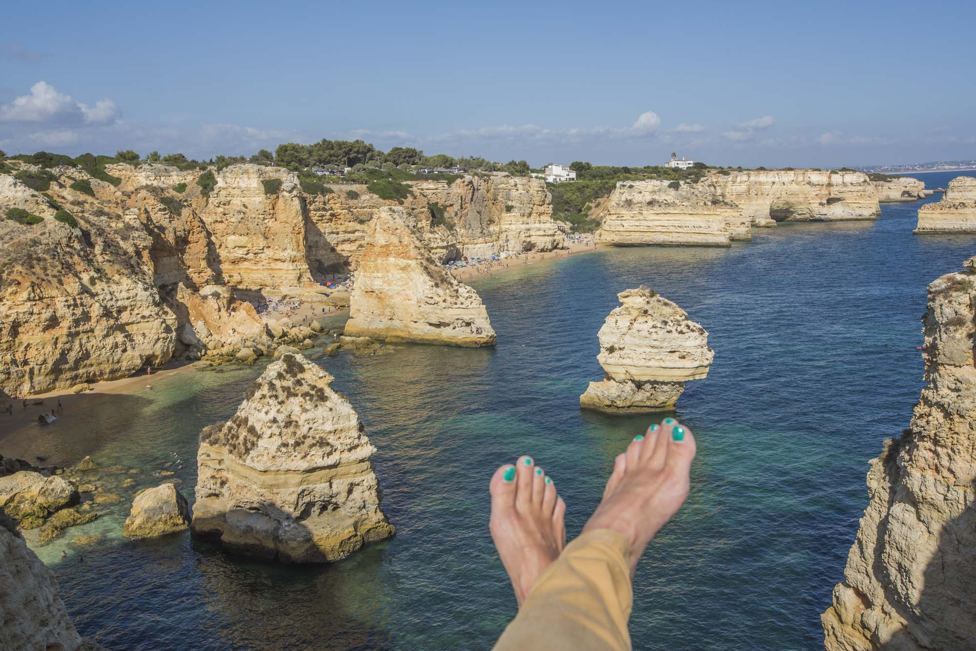 Portugal, Algarve, Atlantikküste, Nähe Lagos, Praia da Marinha, Felsenküste