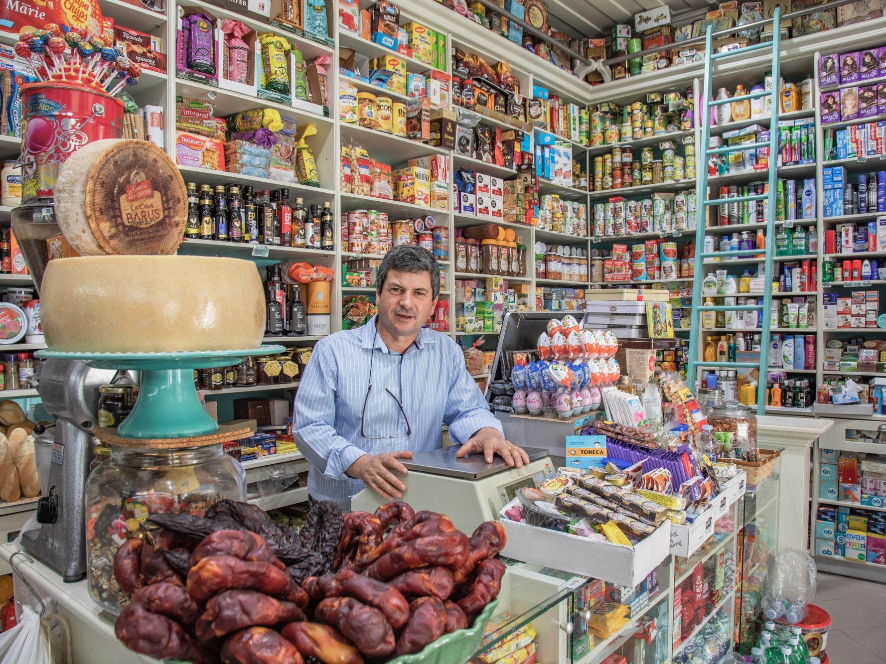Portugal_Shopowner