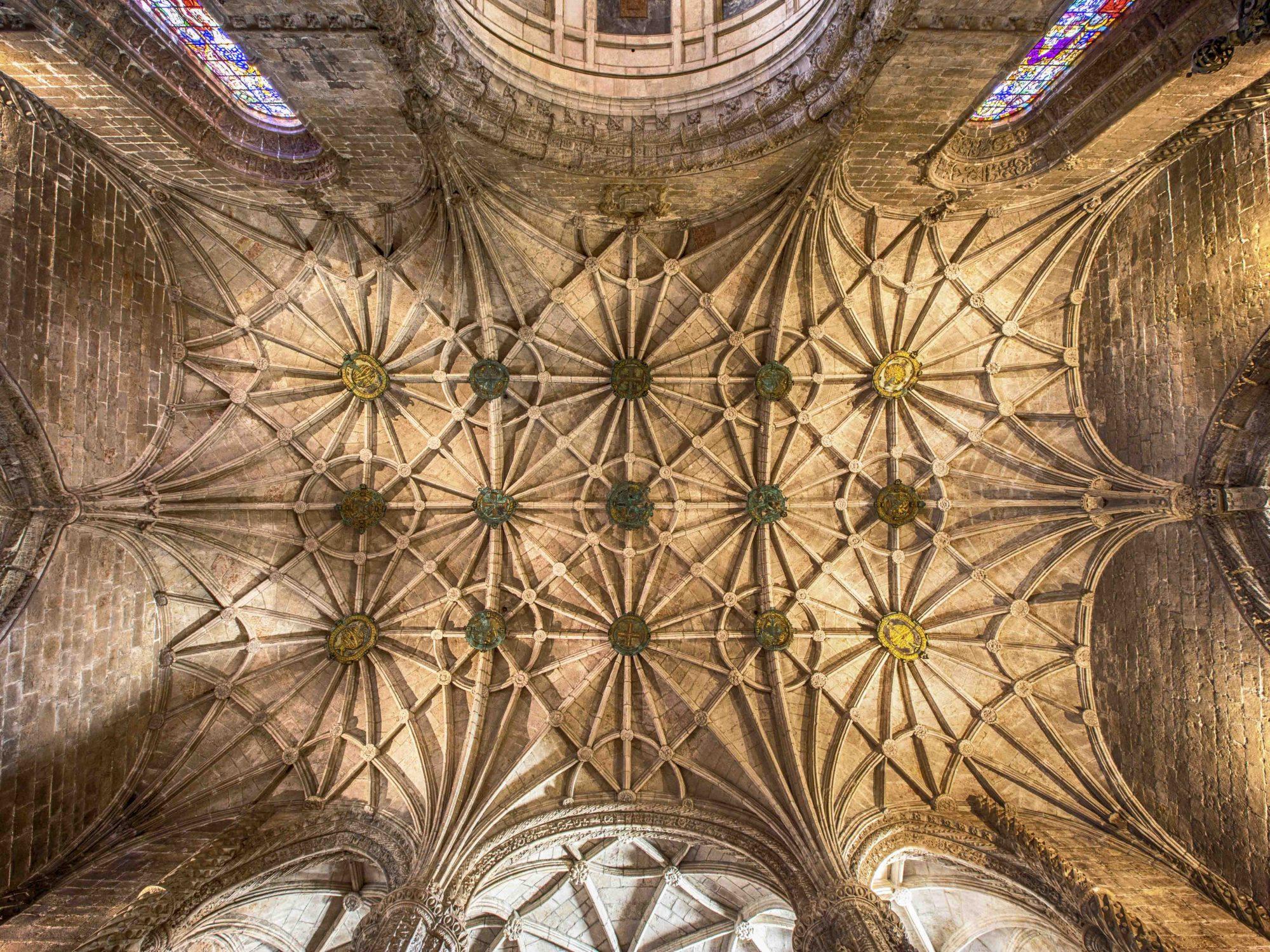 Portugal, Lissabon, Lissabon, Belem Viertel, Mosteiro dos Jeronimus, Hieronymus-Kloster in Belém, Gewölbe in der Kirche
